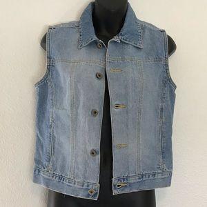 Vintage Tommy Hilfiger Jean Vest . Size M.